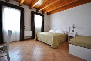 Le Salentine, Camera San Matteo, vista generale - Agriturismo Tenuta Kyrìos -  Salento, Puglia, Italy