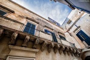 Lecce, balcone nel centro storico _DSC0530 M © MAURO PALANO